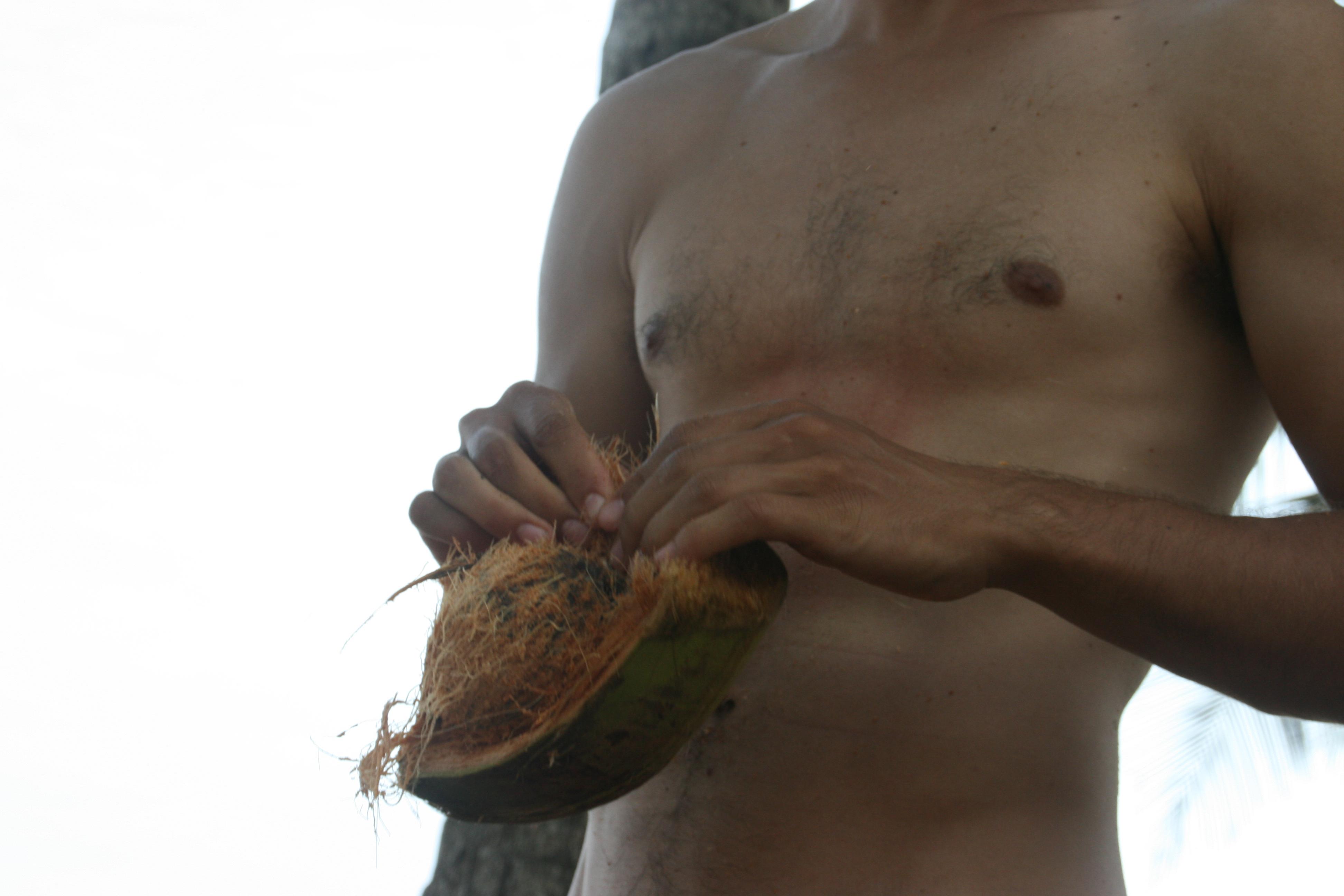 Com obrir i menjar-se un coco 7