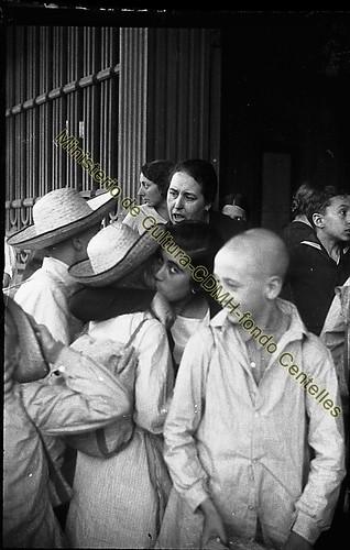 Grupo de niños en una colonia,  foto Agustí Centelles, (c) Ministerio de Cultura, CDMH, todos los derechos reservados by Octavi Centelles