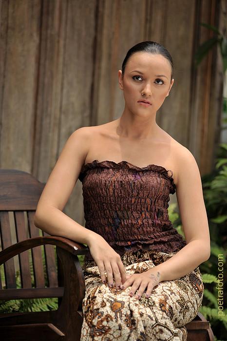 Roro Mendut  Indonesian Culture  Modeling Photography by POETRAFOTO Fotografer Jogja  a photo