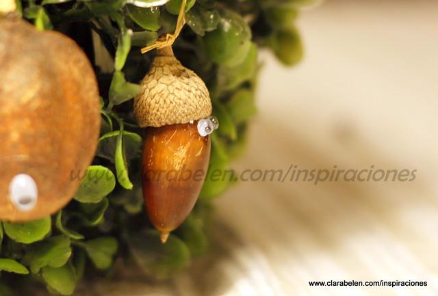 Adornos y decoración navideña improvisadas y baratas con semillas
