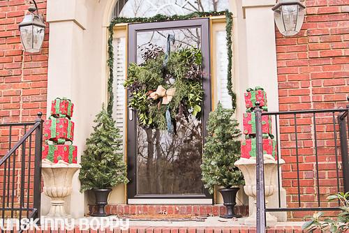 DIY Evergreen Christmas wreaths (16 of 16)