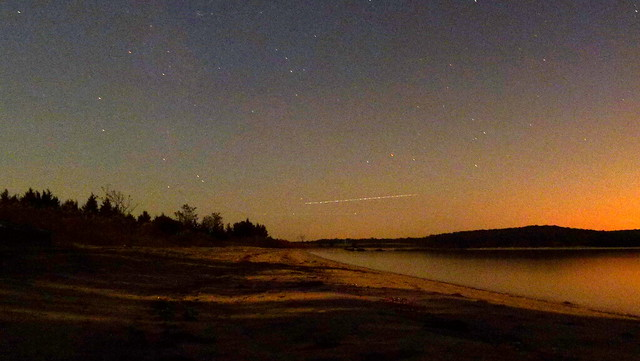 Draconids at East Hampton (actually a plane)