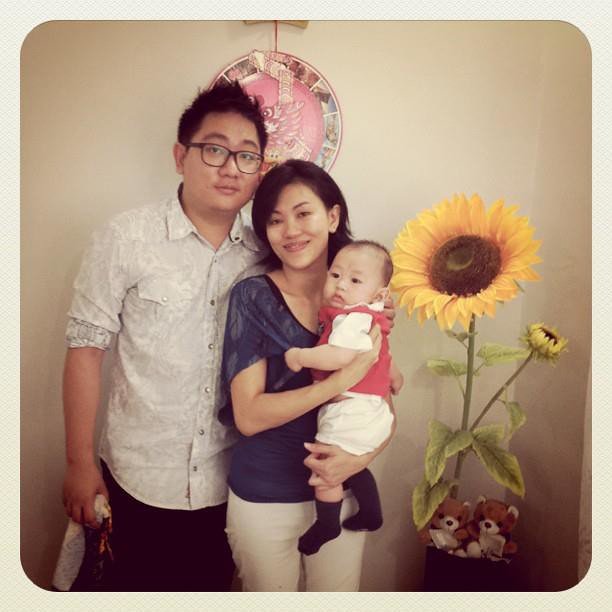 23 Jan - Happy family, ready for Chinese New Year