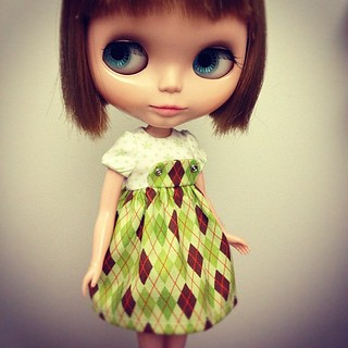 Green argyle bib dress :3