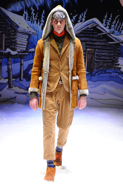FW12 Tokyo FACTOTUM023(Fashion Press)