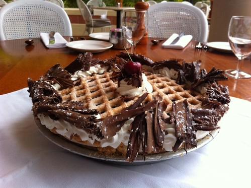 Longhi's Lahaina Ranier Cherry Pie