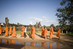 cambodia monks1