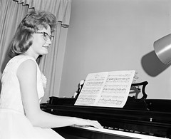Unidentified Wedding Pianist