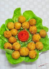 hors d'oeuvre, vegetable, croquette, fried food, arancini, garnish, rissole, korokke, food, dish, cuisine, fast food, falafel,