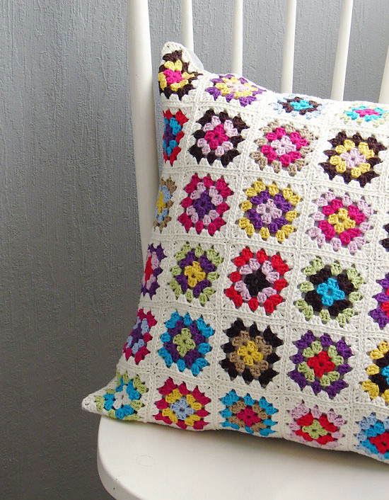 Granny square cushion detail