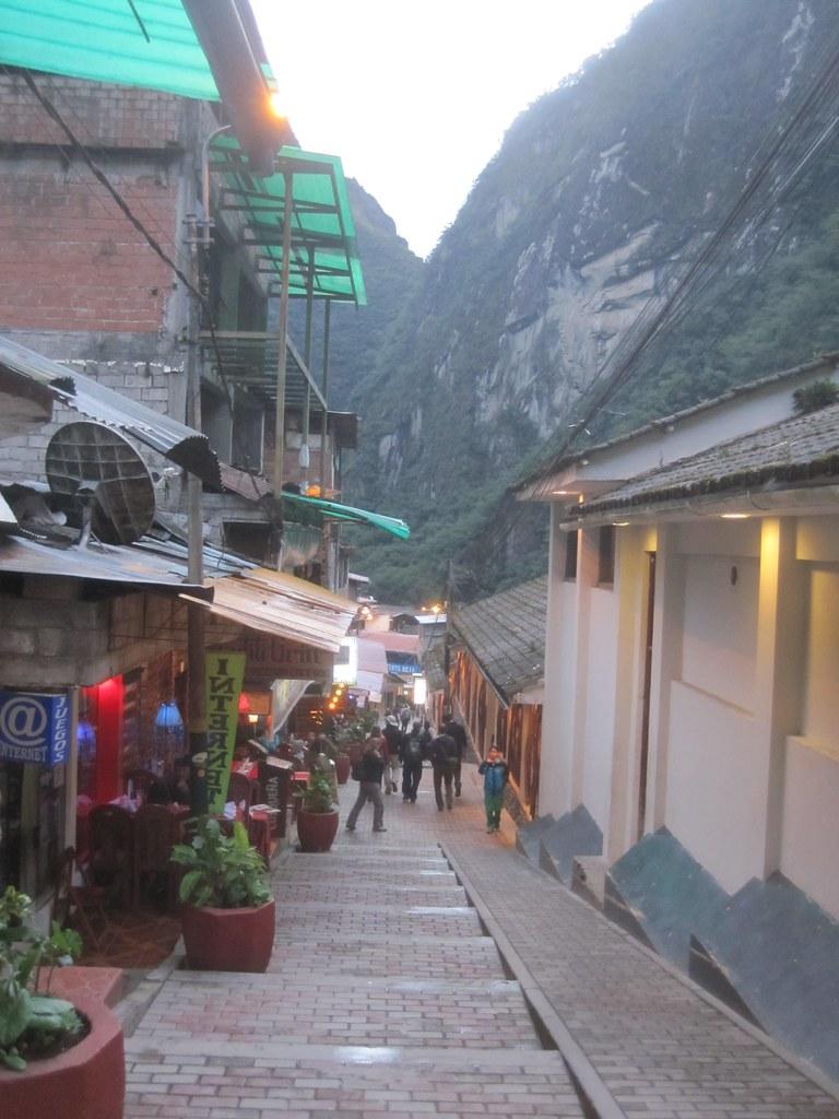 Aquas Caliente Peru Street