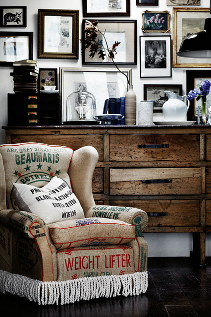 Country Style Via Homelife Vintage Rustic Industrial Modern Living Room With Grain Sack Pillows
