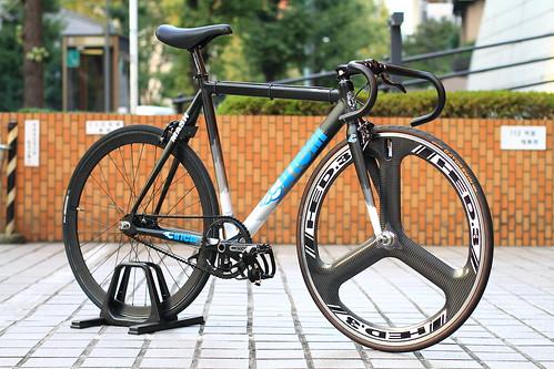 *CINELLI* mash complete bike