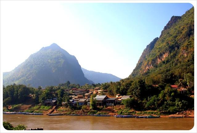 nong khiew village