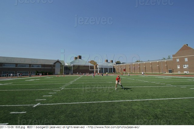 2011-10-08 1835 College Football