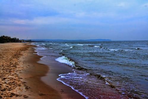 sea sky beach clouds waves poland baltic seashore gdańsk fale morze jurekp sonya500