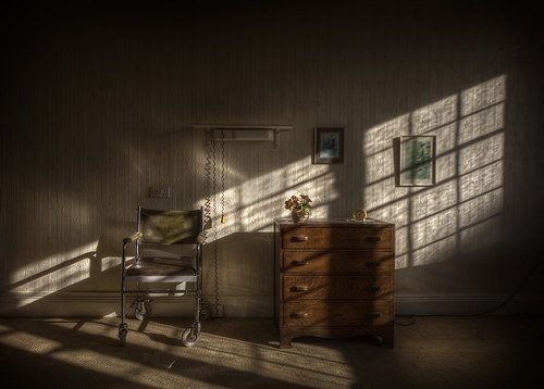 Abandoned care home   ::  (explore )