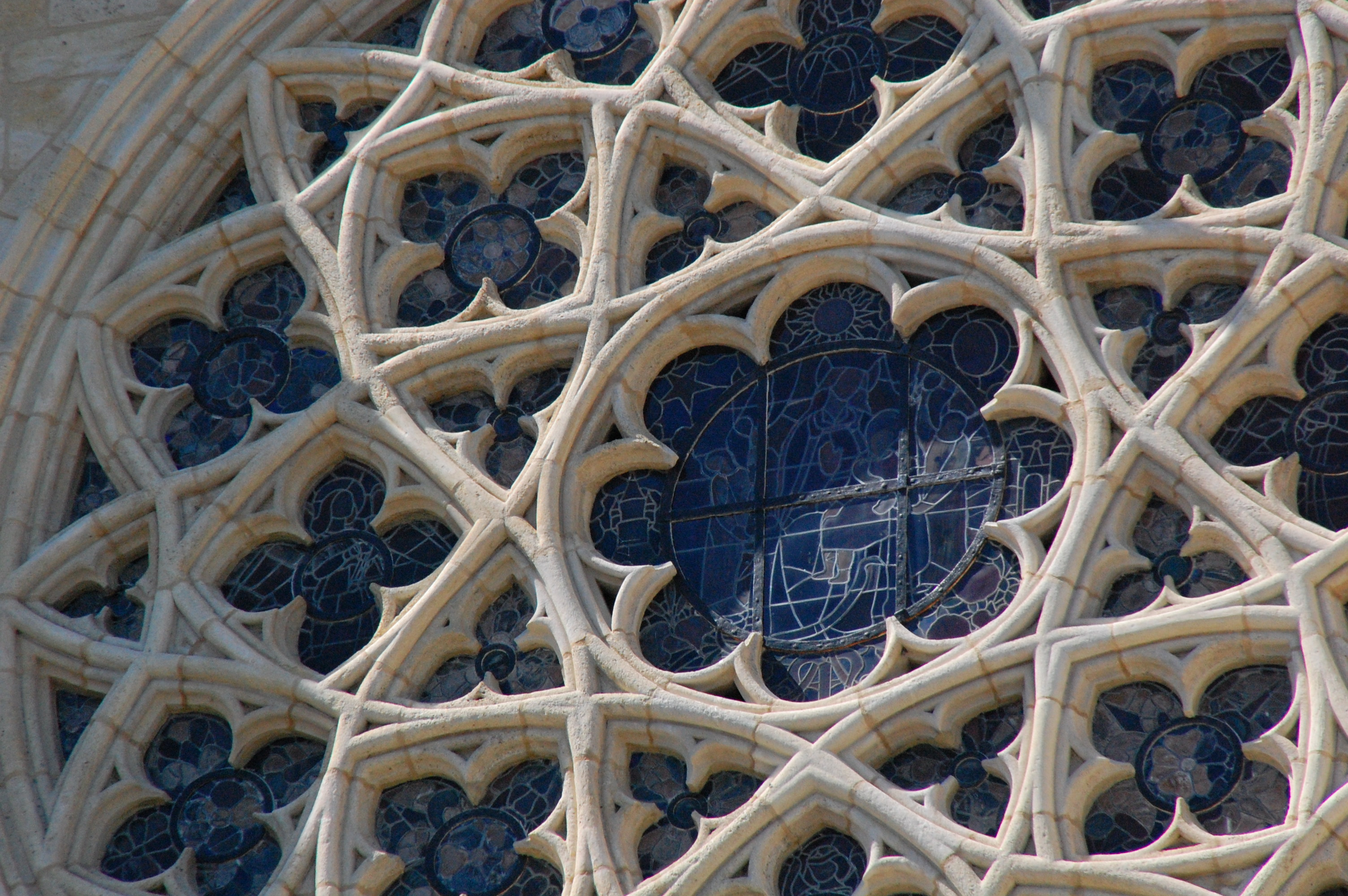 how to draw gothic tracery