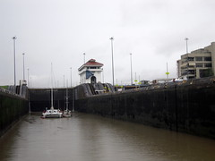 22 Miraflores Locks