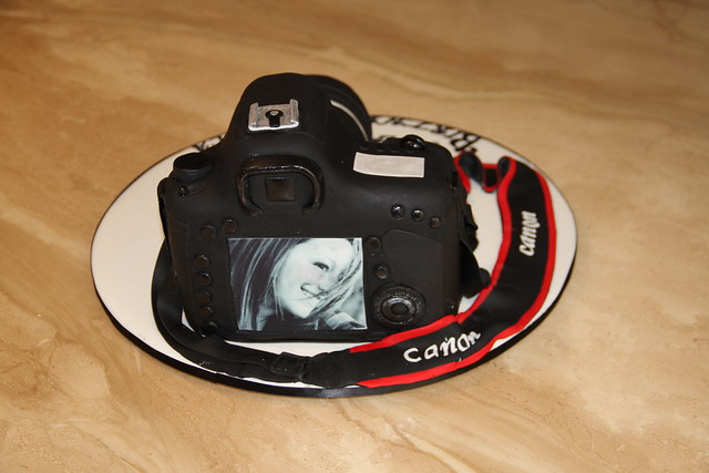 Camera Images For Cake : CANON EOS 7D CAMERA CAKE Flickr - Photo Sharing!