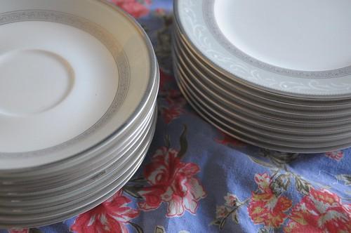 Noritake dinner plates