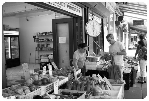 philly italian market bw