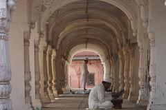 Arches at the Moti masjid