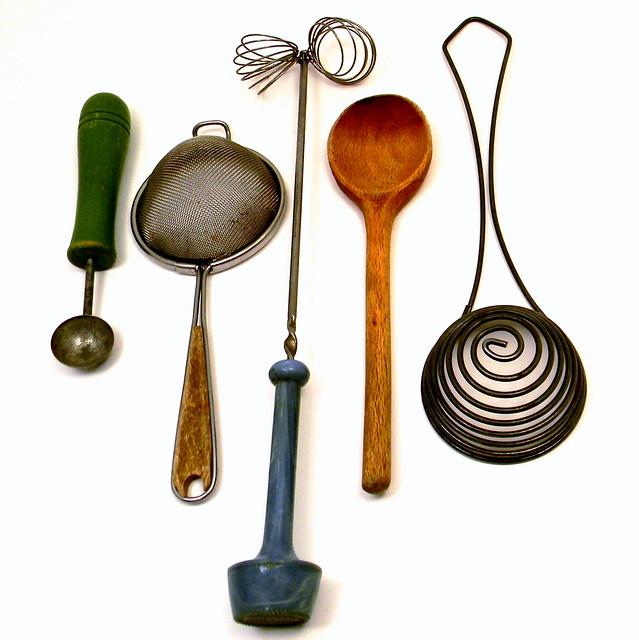Primitive Vintage Kitchen Utensils Something I Cannot Pass Flickr Photo Sharing