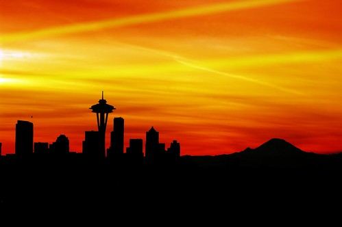 seattle orange skyline vivid colorphotoaward colourartawards putintoartlegacy putintosilver