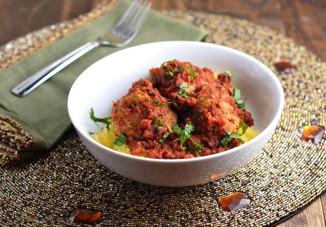 slow-carb meatballs, turkey meatballs, spaghetti squash, gluten free meatballs, dairy free meatballs, grain free meatballs, kosher meatballs