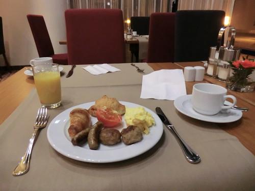 Breakfast @ MERCURE HOTEL STUTTGART AIRPORT
