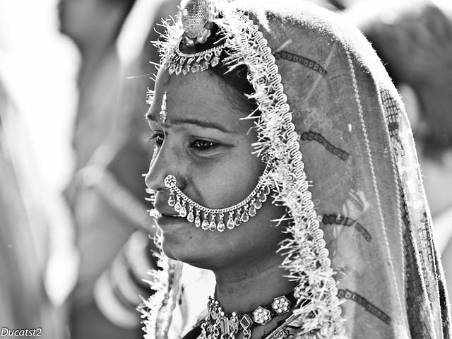Women from India 6378365415_2d7b70dda4_z