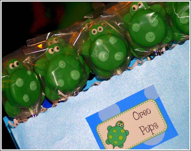 Turtle Oreo Pops