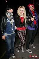 Avril Lavigne Converse Celebrity Style Women's Fashion