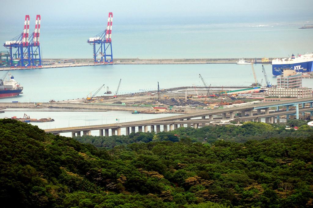 林口霧社街遠眺台北港