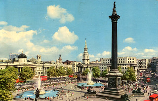 London - Trafalgar Square (Postcard)