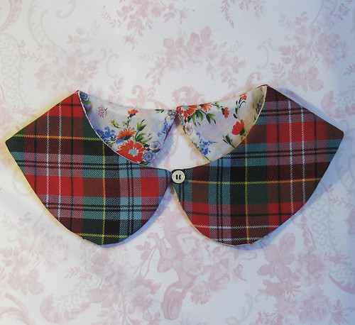 collar,peter,pan,red,tartan,plaid