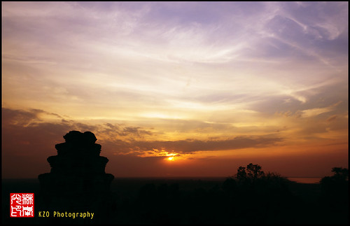 sunset sky golden nikon cambodia angkorwat burning burningsky 18200 d90
