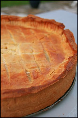 6369406925 e3beced330 Pie aux oignons et Comté