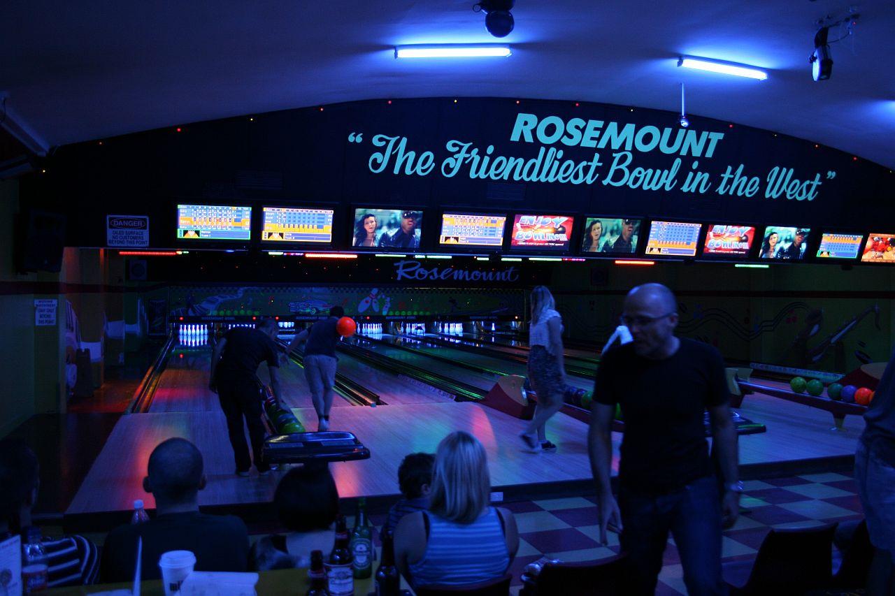 bowling07