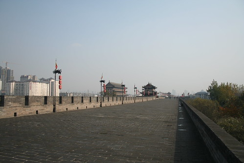 2011-11-18 - Xian - City wall - 35 - Ring wall - Eastward