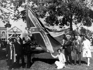 People with flag at United Confederate Veterans reunion in Marianna, Florida