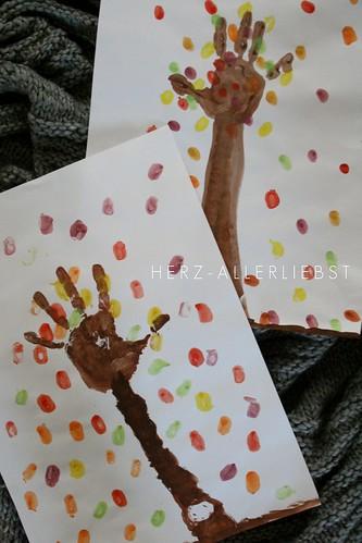 Achtung frische farbe herz allerliebst for Kindergarten bastelideen herbst