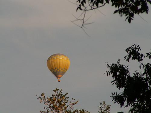 Nur zweihundert Pfund Ballast im Ballon dazu Anker, Instrumente, Flinten, Decken, Zelt, verschiedene Utensilien mit 196 Pfund 011
