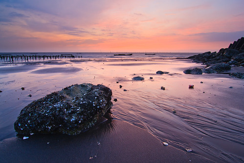 longexposure sunset beach clouds coast shell taiwan 夕陽 20 台灣 彰化 changhua 海邊 貝殼 沙灘 海水 肉粽角 55k 彰濱工業區
