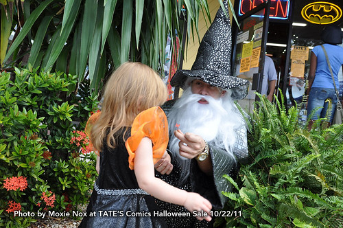 TATE'S Wizard Halloween Tent Sale
