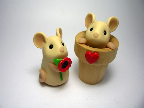 Tiny Poppy Mouse & Flowerpot Mouse