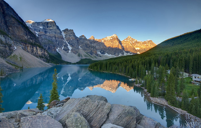 Sunrise on Lake Moraine