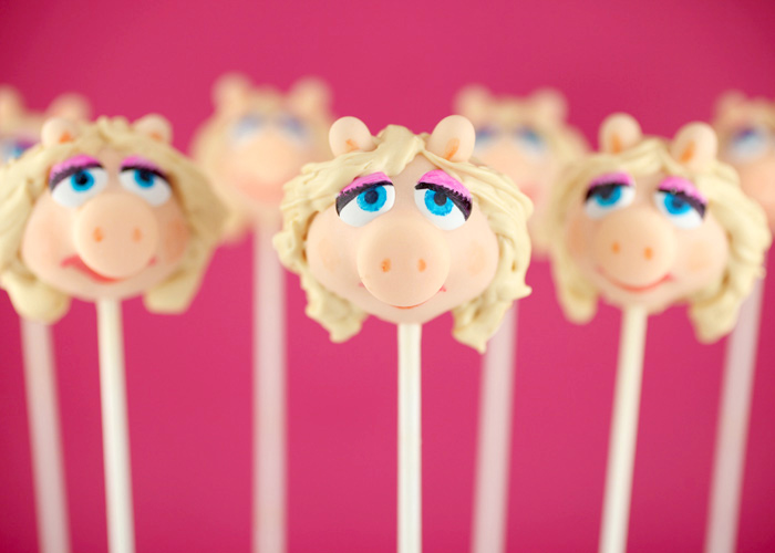 Images Of Cute Cake Pops : The Muppets Cake Pops   bakerella.com