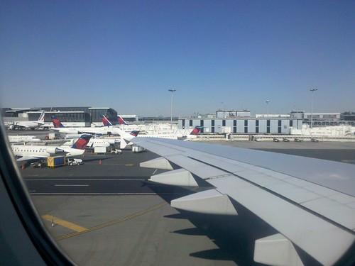 Delta RJs at JFK